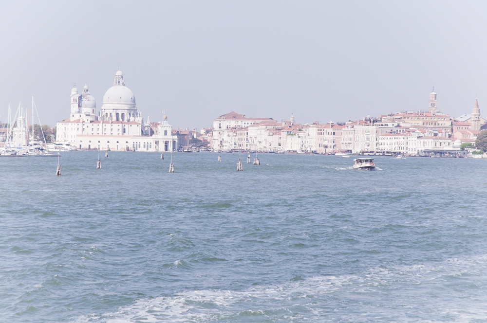 6 reasons why you should visit Venice, Italy crafttheway.com travel blog and photography